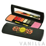 Bisous Bisous To Go Make Up Compact Kit