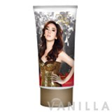Celebrity Perfume Aum Patchrapa Sexy Diva Perfume Body Cream