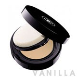 Chanel Teint Innocence Naturally Luminous Compact Makeup SPF10